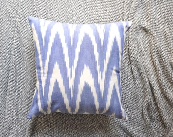 Ikat Cushion Cover, Throw Pillow Cover, Throw Cushion Cover, Decorative Cushion Cover, Decorative Pillow Cover - Blue & white