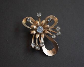 Light Blue Rhinestone Flower Brooch Pin Vintage