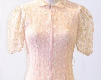 1940s Dressing Gown, Vintage 40s Dress, 1940s Peach Net Lace Dress, XS - S