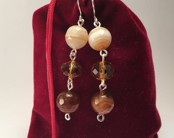 Handmade long dangle earrings made with agate stone, crystal and silver copper wire, in brown