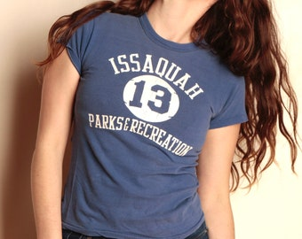 vintage 80s ISSAQUAH washington state PARKS & Recreation small blue t-shirt