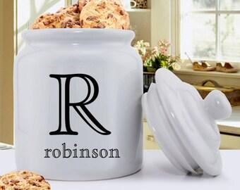 Personalized Cookie Jar - Ceramic Cookie Jar - Family monogram Cookie Jar - Monogrammed Cookie Jar - Gifts for Mom - GC1077