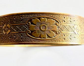 Deco Brass Cuff