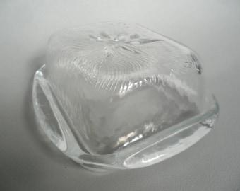 Glass butter dish,old butter dish,butter dish,butter dish with lid,Vintage glassware,glassware,pressed glass,german glassware