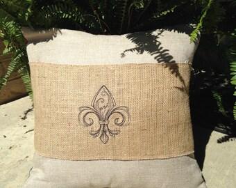 Fleur de lis Pillow Wrap, Pillow Wrap, Pillow Band, Fleur de lis, Adjustable, Ready to Ship, Fleur de lis decor, Embroidered Pillow Wrap