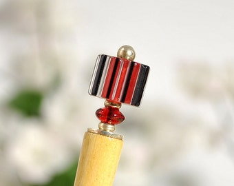 "Small Hair Stick 4 inch Bun Pin Red Black Hairstick Chinese Bun Holder - ""Peek A Boo"""