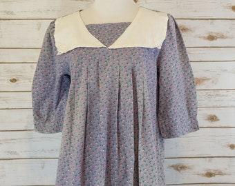 Vintage Demure Floral Dress