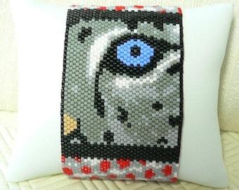 Eye of the Snow Leopard Cub beaded cuff bracelet: Instant Downloadable Pattern PDF File