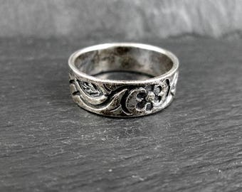 Sterling Silver Floral Ring | Size 6.5 | Vintage Women's Ring