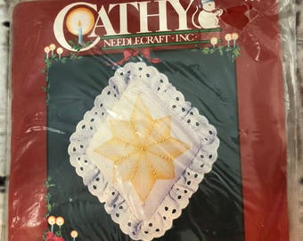 Cathy NeedleCraft Inc STAR Candlewicking Ornament Kit