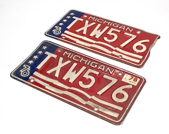 Michigan License Plate Set - Red White And Blue Vintage License Plate 1976 With 1978 Tags (77-BO-LP-0352)