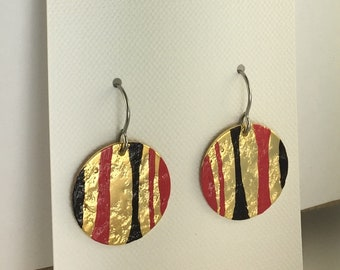 18K Gold Plated with Scarlet and Black Patina