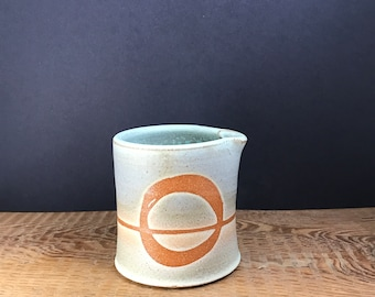 Ensō pitcher