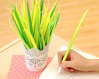 Tiny Green Grass Gel Pen, Blade Grass, Ink color Black, 0.38mm, Planner Accessories, Kawaii Pens, Stationery, Gel Pens, Planner Pens