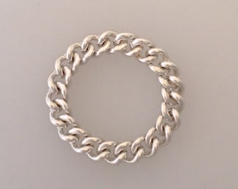 Curb chain ring in solid sterling silver