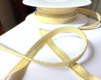 Matte gold gold lurex piping
