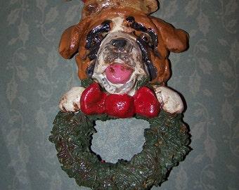 L'Art populaire Vintage Saint Bernard chien avec Couronne ornement Ooak Nostagic Style