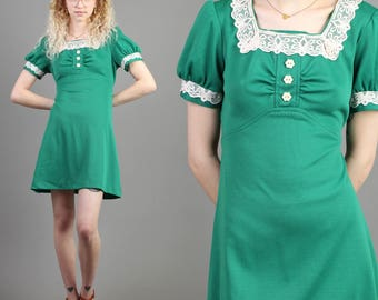 vintage 70s GREEN + FLOWER BUTTON empire lace babydoll dress size small S / dolly hippie mod mini dress S