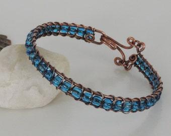 Blue Bead Woven Wire Bracelet, Blue Glass Bead Bracelet, Blue Stackable Copper Bracelet, Woven Copper and Bead Bracelet