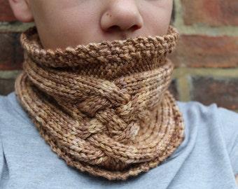 KNITTING PATTERN Criss Cross Cabled Knitting Pattern Short Cowl Womens Teenager Fashion Winter Accessory Neckwear Neckwarmer