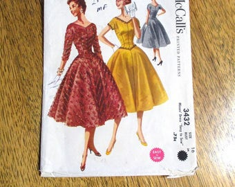 """GORGEOUS Mid Century Modern 1950s Dropped Waist Dress / Ballgown w/ Full Skirt - Size 16 (Bust 36"""") - VINTAGE Sewing Pattern McCalls 3432"""