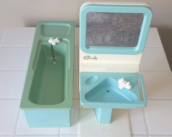 Vintage Sindy Doll Furniture Set Bathtub Washbasin Unit By Pedigree Sink  Mirror British Dollhouse Accessories Barbie