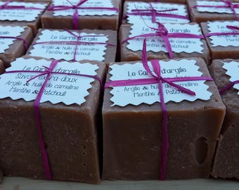 "The ""Square of clay"", camelina, red clay and essential oils of peppermint, orange and patchouli oil"