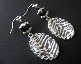 Zebra Stripe, Zebra Earrings, Zebra Jewelry, Wild Animal Earrings, Wild Animal Jewelry, Black White Earrings, Black White Jewelry