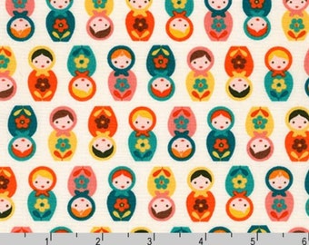 Suzy's Minis - Matryoshka Dolls Retro by Suzy Ultman from Robert Kaufman
