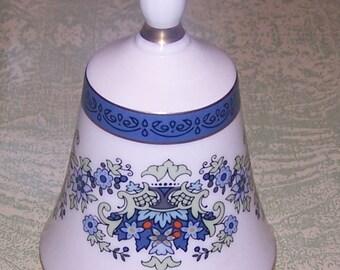 Bone china Royal Doulton Danbury Mint bell England blue flowers floral