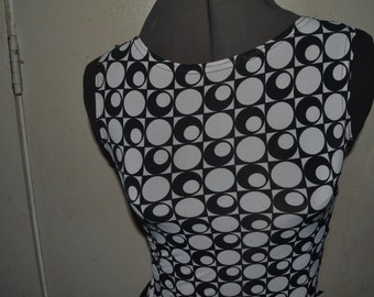 Vintage 90s Black and White Two-Tone Geometric Squares and Cirlcles Spandex Boatneck Tank Top by Crazy Girl Size S