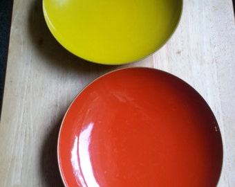 Vintage Melamine CTO made in Japan plastic serving bowls lacquer style
