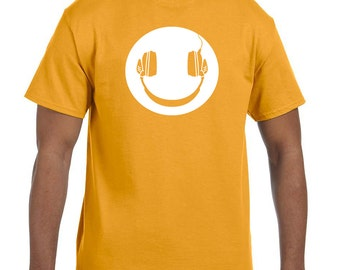 Music makes me happy, headphones and music shirt t-shirt tee hoodie