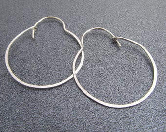 Bubble Hoop Earrings in Argentium Silver / Sterling Silver Hoop Earrings / Hammered Hoops / Lightweight / Minimal Everyday Earrings / 1831