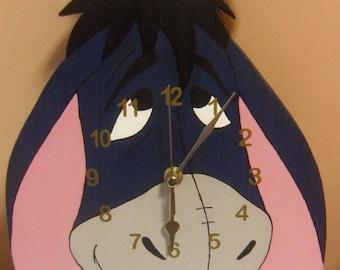 Eeyore Clock/wooden Clock/Winne the pooh