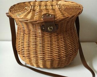 Vintage leather wicker picnic basket, Fishing basket, wicker purse, summer time wicker purse, lunch time wicker basket,  large picnic basket