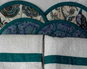 Large hot pads with match kitchen towels