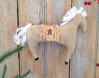 Prim Horse Ornie