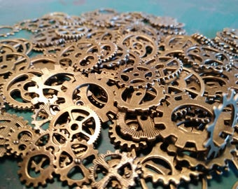Gears and Cogs Steampunk - Assorted Packs for Prop , Cosplay, Costume , Steam Punk Crafting Material