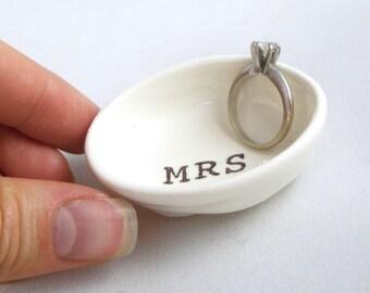 MRS RING HOLDER, ring dish, engagement gift, engagement ring holder, engagement gifts, personalized wedding ring, gift ideas, bridal shower