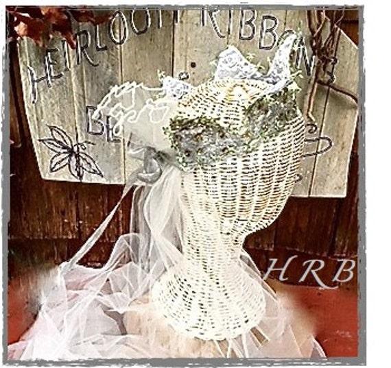 WEDDING TIARA, Bridal Crown,  Silver Lace  Coronet, Woodland Fairy Bridal Circlet, Rustic Lace Wedding Crown