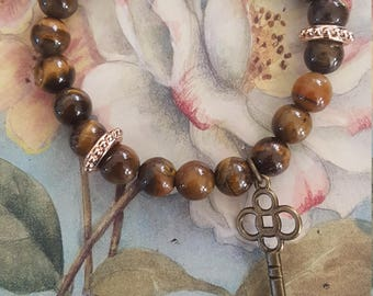 Brown on Brown, tiger's eye, gold, brown and gold