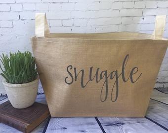 snuggle burlap bin/ burlap storage basket/ throw blanket storage/ blanket basket