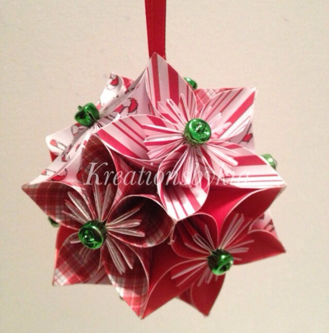 All Peppermint // Origami / Paper Flowers / Pomander / Kissing