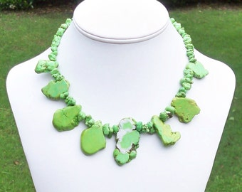Green Necklace Green Turquoise Necklace Lime Green Necklace Lime Necklace Graduated Green Light Green Necklace Green Tribal Necklace