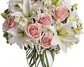 Fresh Flowers Arrangement.