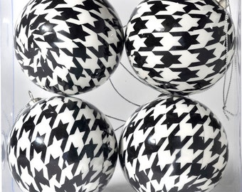 Houndstooth Christmas Ornaments