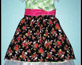 Girls Rockabilly Dress in Skulls & Bones and Flowers  ........Size 2