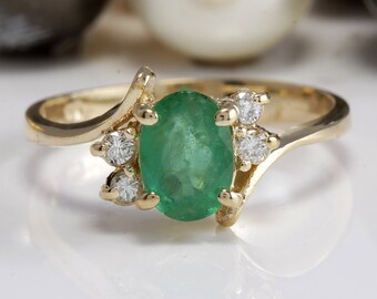 1.00CTW Natural Colombian Emerald and Diamonds in 14K Solid Yellow Gold Ring