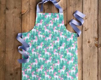 Unicorn Gift - Unicorn Apron - Tween Girl birthday gift - Kids Art Apron - Apron for Kids - Tween Apron - Childrens Apron - Gift for tween